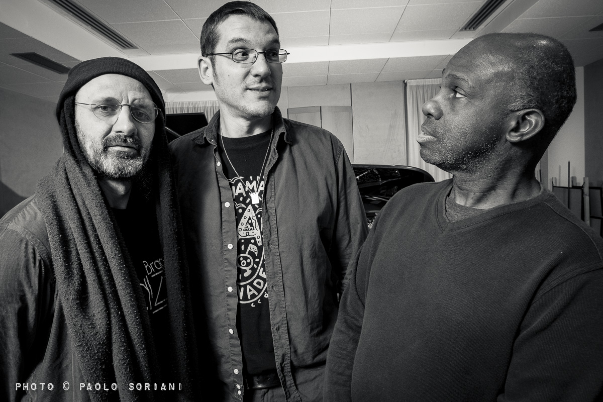Photo de Roberto TARENZI Trio avec James CAMMACK et Jorge ROSSY