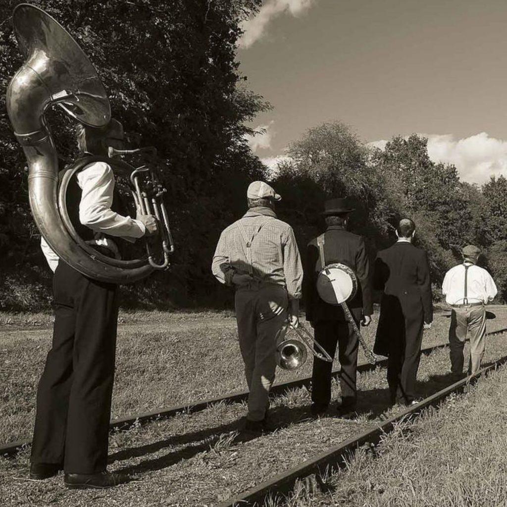 La fanfare The Dab'Dixie au style de la Nouvelle-Orléans